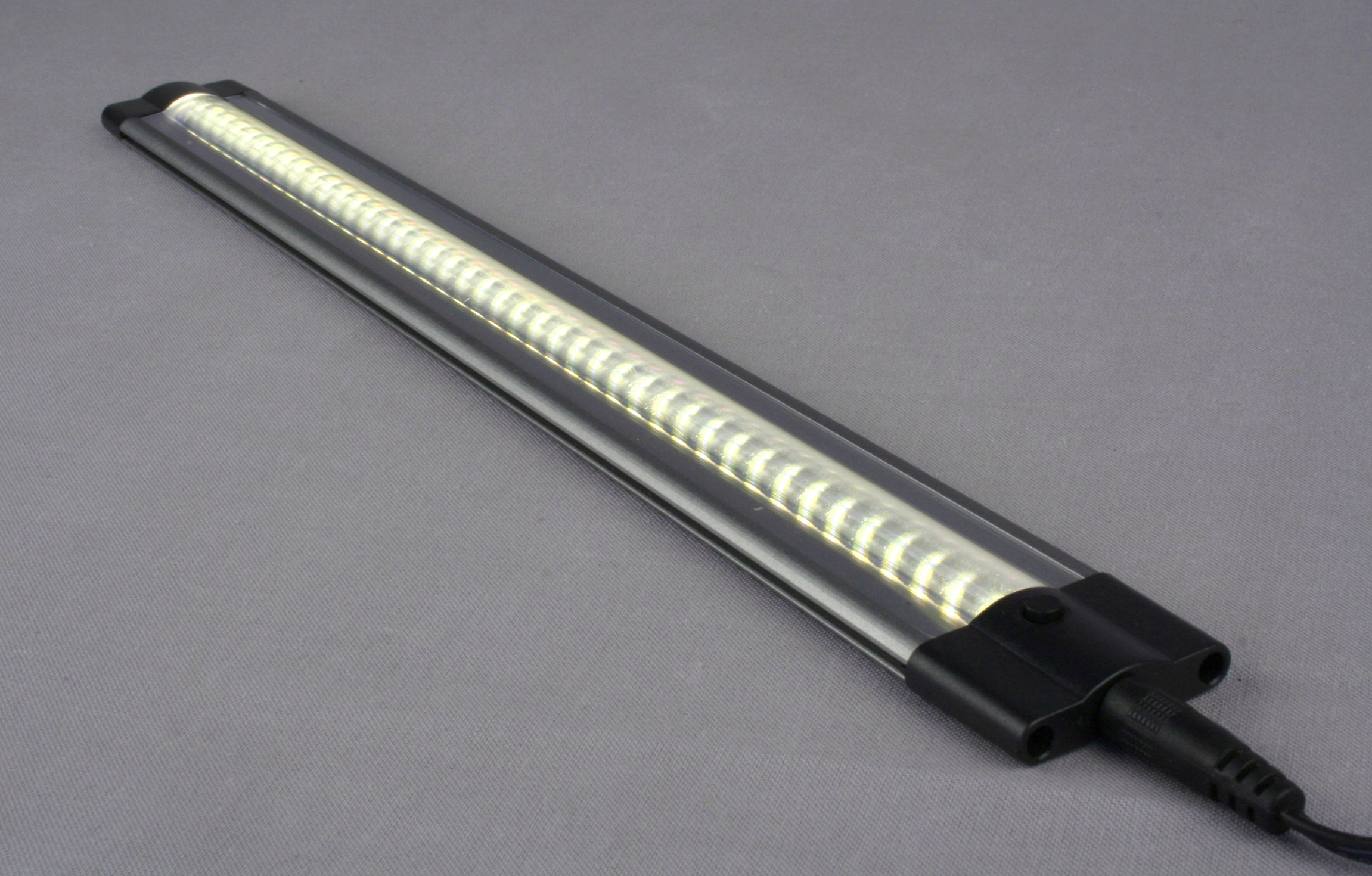 Led Cabinet Light Strip 12 Quot Or 20 Quot Warm White Led